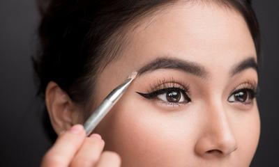 Duh, Inilah 3 Kesalahan Cara Make Up Alis yang Seringkali Dianggap Benar oleh Para Wanita