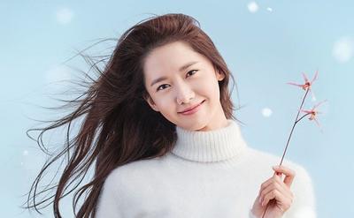 Ubah Kulit Berminyak Jadi Matte Seharian dengan 5 Pressed Powder Korea Ini!