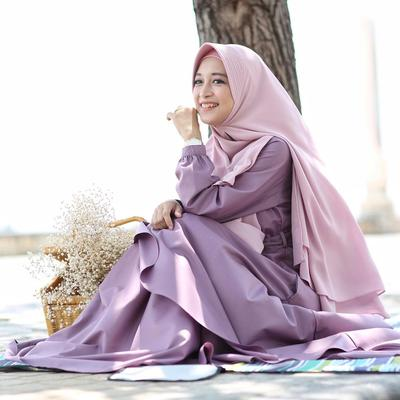 Tetap Kekinian dan Stylish! Ternyata Ini Tips Styling Hijab Syar'i yang Pas Buatmu!