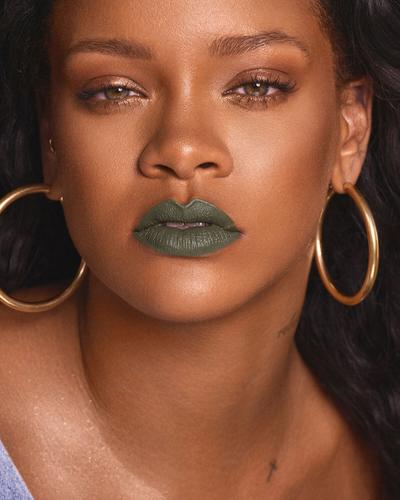 Mattemoiselle Plush Matte Lipstick Midnight Wassabi (Wicked Green)