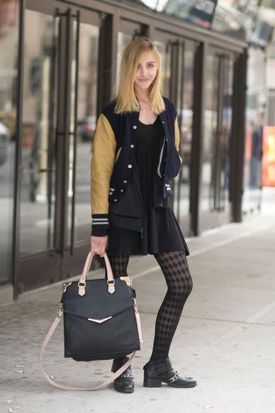 Simple Dress & Stocking