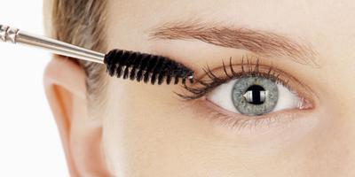 Megaplikasikan Maskara Sebelum Menggunakan Eyeshadow dan Eyeliner