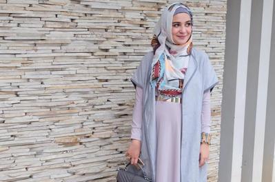 Pilihan Model Baju untuk Tampil Stylish Meskipun Sedang Hamil Bagi Para Wanita Berhijab
