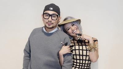 Kira-Kira Berapa Ya Tarif Fashion Stylist Selebriti Indonesia Seperti Caren Delano, dkk? Penasaran!