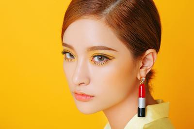 Cantik Maksimal dengan 4 Rekomendasi Eyeshadow Warna Cerah Ini Yuk Ladies!