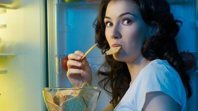 Tak Selalu Makanan Berat, Ini Dia Makanan Pengganti Nasi Ketika Lapar Tengah Malam!