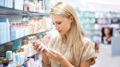 Waspada, Ladies! Berikut adalah Kandungan dalam Kosmetik yang Ternyata Berbahaya!