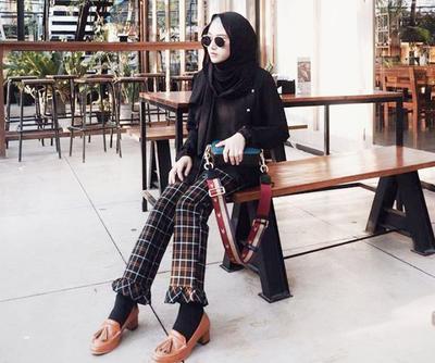 Hijabers, Intip Trik Tampil Unik dan Stylish dengan Padanan Motif Pattern Yuk!