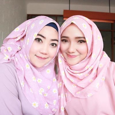 Wah! Ini Dia Tips Menggunakan Hijab Untuk Kamu Pemilik Pipi Chubby! Dijamin Gak Tembem Lagi!