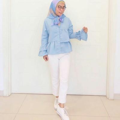 2. Bentuklah Sesuatu yang Unik di Hijabmu