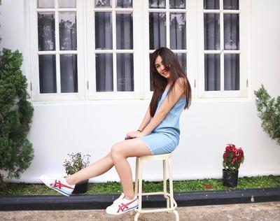 Intip Yuk Fashion Style Vanesha Prescilla, Pemeran Milea dalam 'Dilanku 1990'! Cantik dan Kekinian Banget!