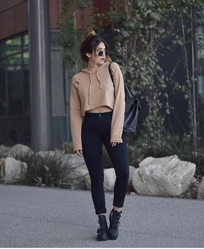Jeans and Ankle Boots for Casual Fashionable Look