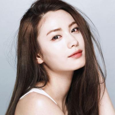 Rahasia Wajah Glowing Wanita Korea Ternyata Rutin Pakai Skin Care ini Lho!