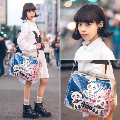 Instagramable Banget! 5 Bentuk Tas Tranparan Ini Akan Jadi Tren di Tahun 2018!
