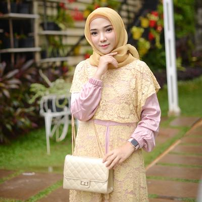 Wajib Punya! Tas Ala Selebgram Hijab Ini Akan Membuat Fashion Hijab Kamu Makin Kekinian!
