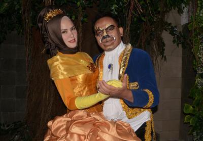 Angel Lelga dan Vicky Prasetyo Foto Pra-Wedding Bertema Beauty and The Beast! Hmm.. Menarik Atau?? Komen Yuk!