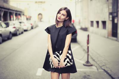 Little Black Dress for Any Occasion! Saatnya Intip Beberapa Inspirasi Tampilan dengan Little Black Dress!