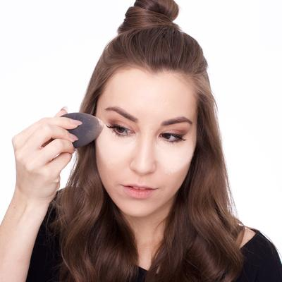 Bosen dengan Masalah Maskara yang Smudge? Coba 4 Tips Maskara Anti Smudge Ini, Ladies!