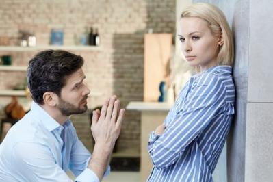 5 Permintaan Maaf Ini Tanda Kalau Pria Tidak Serius Minta Maaf, Para Wanita Harus Waspada!
