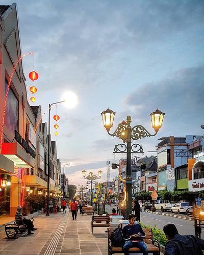 Yuk, Main-main ke 6 Jalanan Paling Instagramable di Indonesia Ini, Wajib Foto di Sini, Nih!
