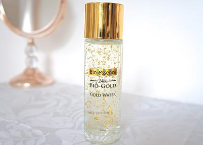 Jadi Favorit Beauty Vlogger! Udah ada yang Coba Bio Essence 24K Gold Water??