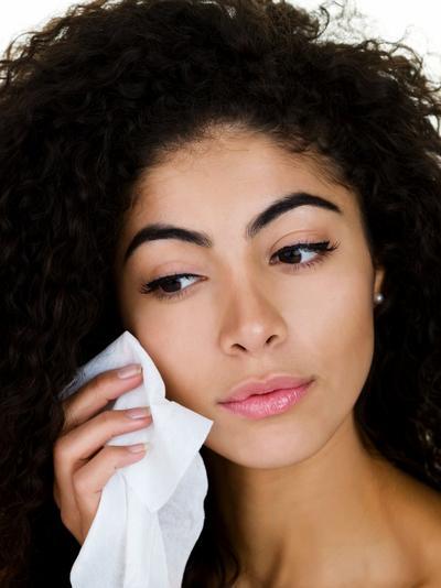 Ladies, Inilah 3 Cara Membersihkan Wajah Tanpa Sabun Cuci Muka: Kamu Wajib Coba!