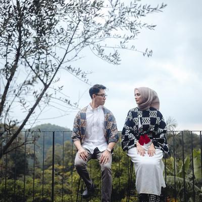 Seru Banget! Para Selebgram Ini Memilih Pre Wedding Outdoor yang Bisa Kamu Jadikan Referensi!