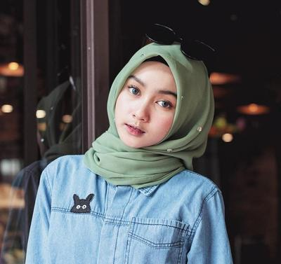 Rekomendasi Brand Hijab yang Cocok untuk Jadi Pilihan Style Hijab Remaja Kekinian