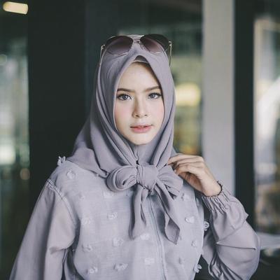 Hijabers, Begini Tips Memilih Hijab Style untuk Wajah Panjang Agar Terlihat Pas di Wajah