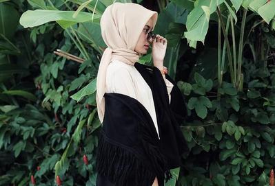 Hijabers, Ternyata Ini Deretan Warna Hijab yang Diklaim Akan Jadi Tren di 2018!