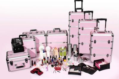 Murah Banget, Ini Rekomendasi dan Tips Cantik Memilih Beauty Case untuk Penggila Make Up!