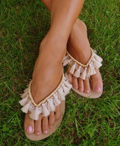 Sepatu atau Sandal, Just in Case