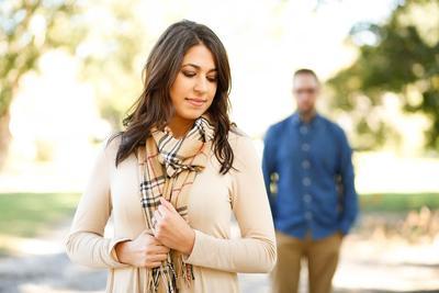 Ciri-ciri Hubungan Pacaran Wanita Dewasa yang Anti Drama! Kamu Sudah Menjalaninya Belum?