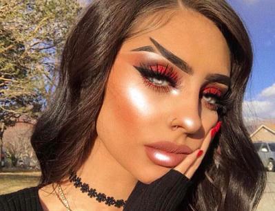 Tren Fishtail Eyebrow Ala Huda Kattan yang Lagi Booming di Instagram, Berani Coba?