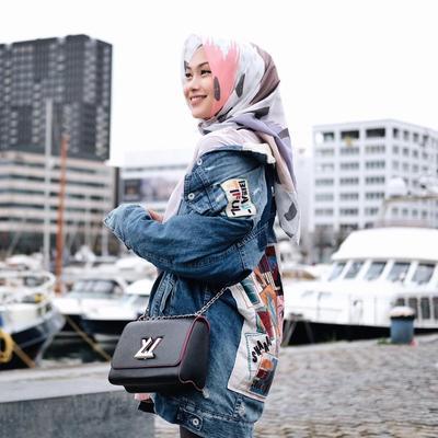 Ini Gaya Hijab Segi Empat yang Lagi Banyak Dipakai Para Selebgram Hijabers, Suka yang Mana?