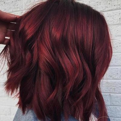 Etude VS Miranda, Mana Lebih Oke untuk Jadi Pilihan Cat Rambut Warna Red Wine?