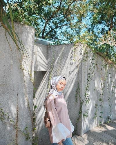 Patterned Hijab with Ruffle Tops