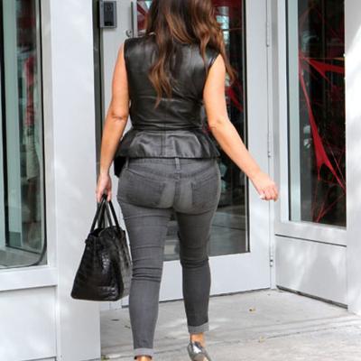 Celana Jeans Berkantung