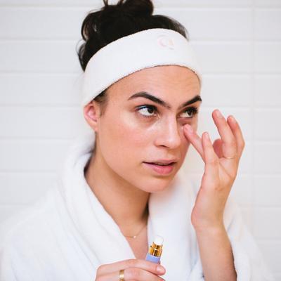 Produk Eyecream Pilihan Khusus Buat Kamu yang Punya Masalah Dark Circle Eye dan Kerutan
