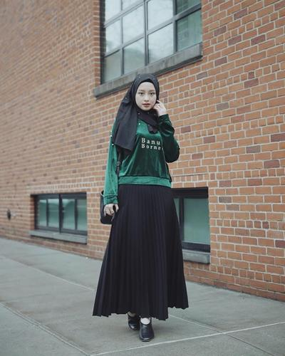 Simple with Skirt