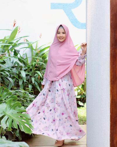 Instant Pink Pale Khimar