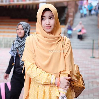 #FORUM Dear Hijabers, Bagaimana Caranya Menggunakan Hijab Syar'i Tanpa Terkesan Tua Ya?