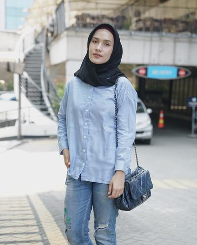 Light Baby Blue Color Shirt with Pattern!