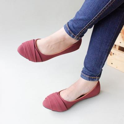 Lalu Sepatu Apa Yang Cocok Untuk Ke Mall?