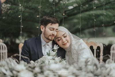 Intip 4 Gaya Pernikahan Selebgram Hijabers yang Bisa Jadi Inspirasi Kamu Berikut Ini!