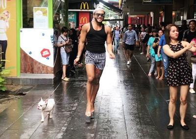 #FORUM Yuk Kenalan dengan King of Catwalk dari Filipina Ini! Gimana Tanggapan Kalian??