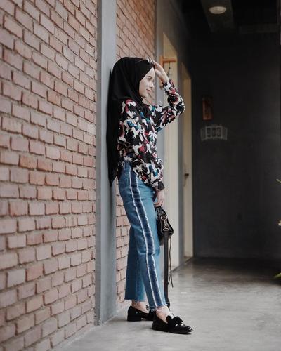 Pilihan Outfit Hijab Ini Cocok untuk Kamu yang Memiliki Tubuh Kurus Supaya Lebih Berisi dan Hits