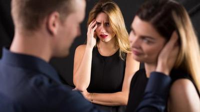Ternyata, Ini yang Jadi Alasan Mengapa Para Wanita Cantik Lebih Memilih Pacar yang Kurang Ganteng