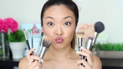 #FORUM Brush Makeup Apa Aja yang Wajib Dimiliki Pemula?
