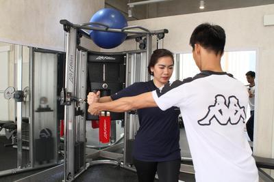 Biar Lebih Cepat Kurus, Pastikan Tempat Gym Kamu Punya Fasilitas Ini Ladies!